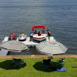 Dry waterski and boat dock