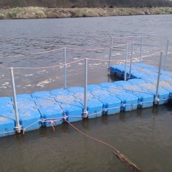 Pontoon with barriers