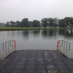 Floating water entry pontoon